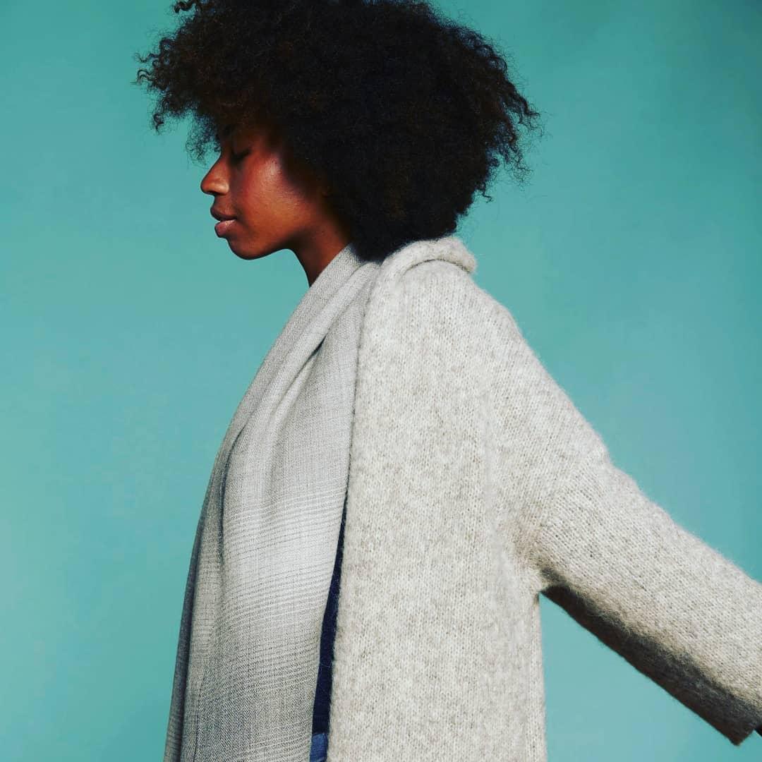 Long cardigan tricoté en point jersey alpaca prima coton biologique teinte naturelle